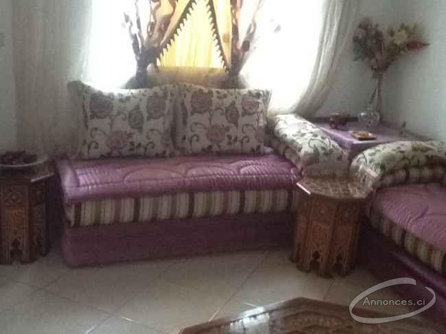 A vendre salon marocain + et salle a manger [1 FCFA] : Annonce N ...